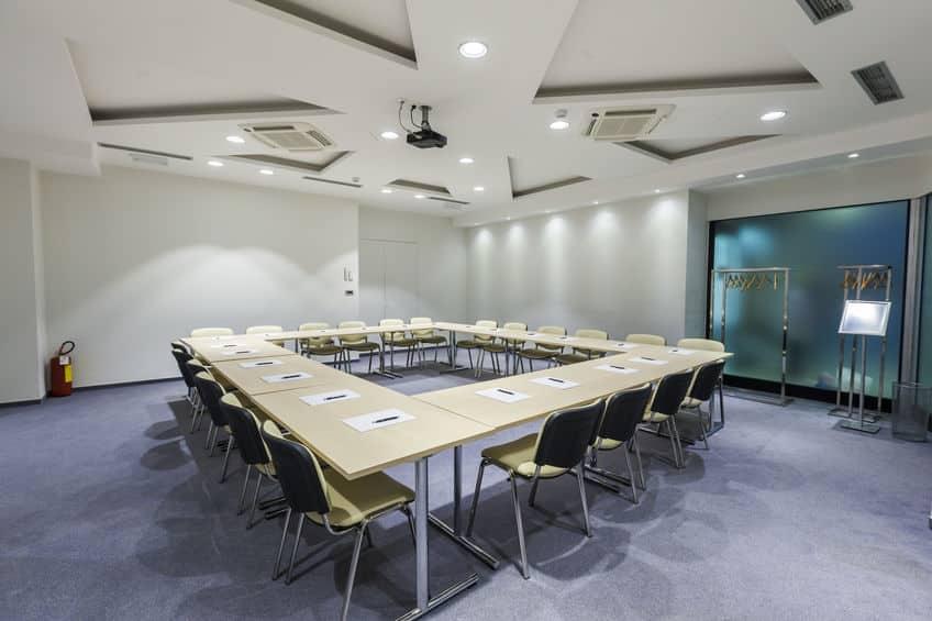 Illuminazione dell'ufficio: 6 consigli per passare al LED