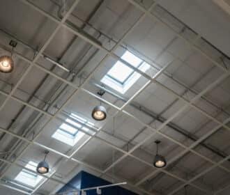 Illuminazione LED capannoni industriali